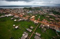 Periferia de Altamira que deve ser inundada pelas águas do Xingu pela usina de Belo Monte Altamira, Pará, Brasil. Foto Paulo Santos 23/11/2013